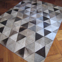 5.9 x 7.8 ft Grey Triangles Cowhide Patchwork Gray Hide Rug