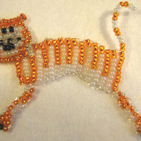 Flying FelineFully Hand Beaded Brooch by BeadedDelightsByStef