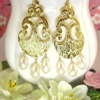 Arabesque gold pearl chandelier earrings