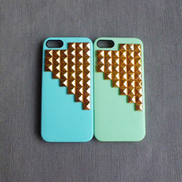 iphone 5 case, studded iphone 5 case,Gold pyramid studs with blue or green Hard Case Cover,iPhone 5 case,case for Iphone 5 ,super shinning