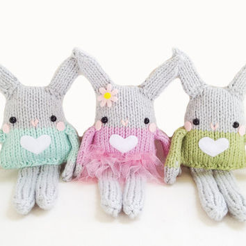 Free Knitting Patterns For Beginners Toys : BUNNY TOY KNITTING PATTERN Free Knitting and Crochet ...