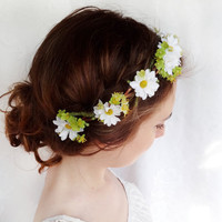 daisy flower head wreath, bridal hair piece, flower girl circlet - DAISY CHAIN - white flower hair accessory