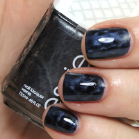 Essie MAGNETIC! Snake it...