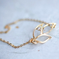 Three Leaves with two zirconium 14k gold fill chain by pardes