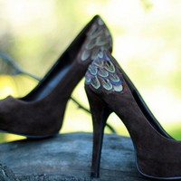 Chocolate Pumps With Pheasant Feathers Size 10 by LaPlumeEthere