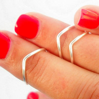 tRENDY 3 Chevron Above Knuckle Rings - Chevron Knuckle Rings - Set of 3 by Little Thing&#x27;s