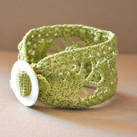 Lace Cuff With Vintage Buckle In Lime Green | Luulla