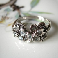 Dogwood Flower Ring Sterling Silver Handmade by FavreBijoux