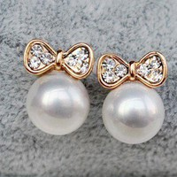E111 Fashion gorgeous sexy woman lady pearl bowknot diamond earrings free ship
