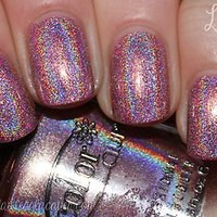 Holographic Pink Halo Hue by Color Club &quot;Halo-graphic&quot; Full Size Nail Polish