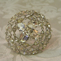 Vintage Large ORA Round Rhinestone Brooch Pin by TheVintageBrides