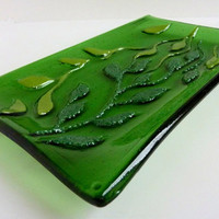 Green Leaves and Vines Glass Platter by bprdesigns on Etsy