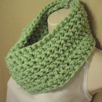 Honeydew Soft Mint Green Cowl Infinity Circle Scarf Neckwarmer