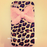 Lions Pride By Meri — Pearl Bow Cheetah iPhone 4/4s Case