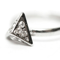 Pyramid Glam Ring $8