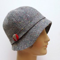 1920s Cloche in Vintage Gray Flecked Wool with by bonniesknitting