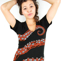 Octopus Tshirt, Tentacle tee, Octopus shirt, Women&#x27;s Octohug, Black CottonT-shirt S M L XL