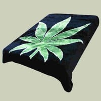 Super Soft Luxury Plush Queen Size Mink Blanket - Green Marijuana Pot Leaf On Solid Black Background (Leaf)