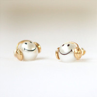 Happy smiley pearl earrings