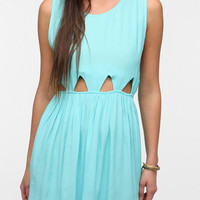 Urban Outfitters - Motel Cutout-Waist Babydoll Aztec Dress