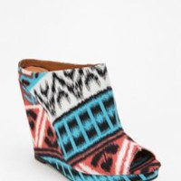 UrbanOutfitters.com &gt; Kimchi Blue Geo Mule