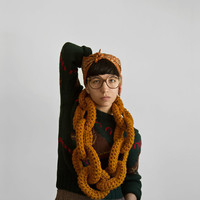 The Yokoo Dookie Chain Scarf