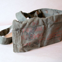 VINTAGE MILITARY FASHION // Mens Army Belt Ammo Strap circa 1950 Organization & Storage