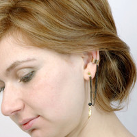 Raw Brass Feather Ear Cuff and  Ear Stud Set -  Modern Brass Jewelry - Black Brass Chain - Cartilage Earcuff with Onix Stone