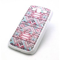 WHITE Snap On Case Samsung Galaxy S3 SIII i9300 S 3 III Plastic Cover - PINK AND BLUE MAYAN AZTEC pattern tribal american indian