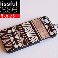 iphone 5 case - Geometric aztec white on wood print iphone case