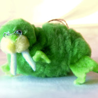 Green Walrus Decoration, Mod Lime 60s Pom Pom Animal