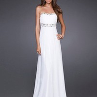 Elegant White A-line Scoop Neckline Sweep Train Graduation Dress