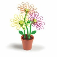 Desk Daisy Paper Clip Holder by Fred