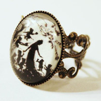 Silhouette Ring Snow White by karamboola on Etsy