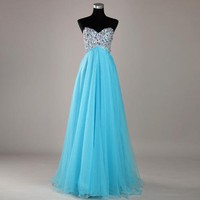 Charming Sweetheart Beaded Tulle Prom Dress