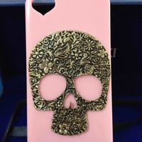 iPhone skull punk case iPhone 4/4s Rainstone brass skull case iphone 4/4s cases iphone 5 case hard case iphone bling cover case handmade