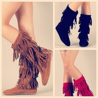 THEY&#x27;RE BACK! Indian Cherokee 3 Tier Layer Fringe Flat Moccasin Boots Faux Suede