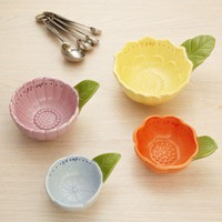 floral measuring cups from RedEnvelope.com