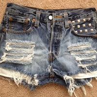 Highwaisted bleached and destroyed by JessieJeans on Etsy