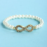 Everlasting Delight Infinity Pearl Bracelet