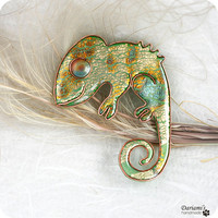 Woodland brooch Gold and Green Chameleon by Dariami on Etsy