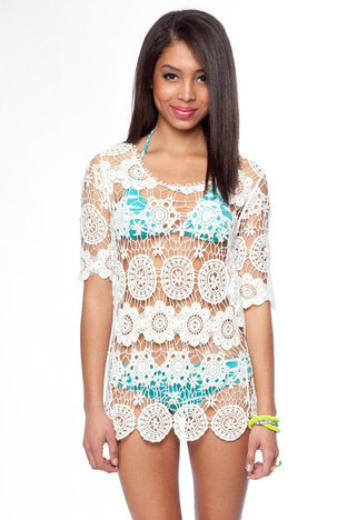 Lace Crochet Dress in Off White :: tobi