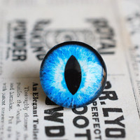 16mm handmade glass eye cabochon - blue cat or dragon eye