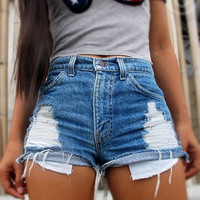 High waisted destroyed jeans shorts by Jeansonly