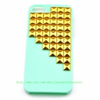 Green iPhone 5 hard Case Cover with golden pyramid stud For iPhone 5 Case, iPhone hand case cover    b-3