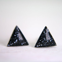 tiny triangle earrings in sparkly charcoal geometric studs resin earrings