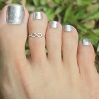 Tiny Infinity Sign Toe Ring/ Knuckle ring  925 by HeartCoreDesign