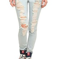 ChiQle Light Wash Distressed Skinny Jeans - 700008