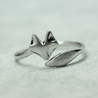 Fox Tail Adjustable Ring in matte silver