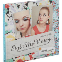 ModCloth 20s Style Me Vintage: Make-up